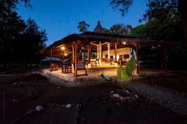 resort moyo