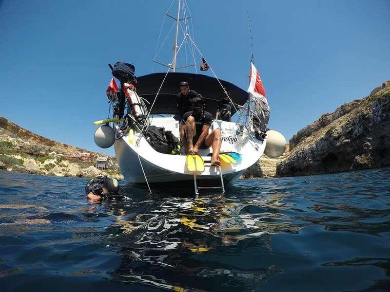 Imbarcazione diving